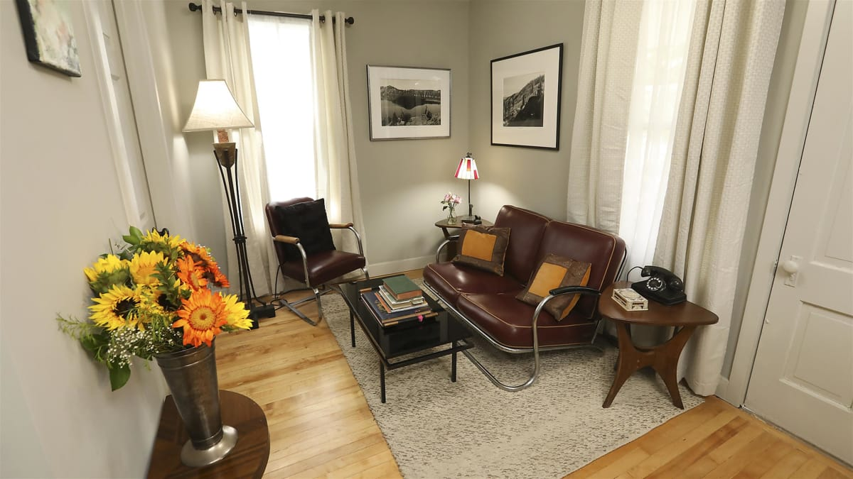 Tim revamps a couple's 100-year-old guest quarters in Jerome, AZ.